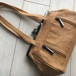 バッグと見まごうバッグ型がま口ミニ財布